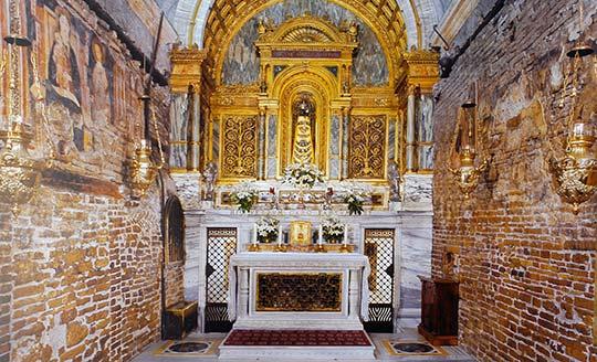 12-10casa_loreto-altar