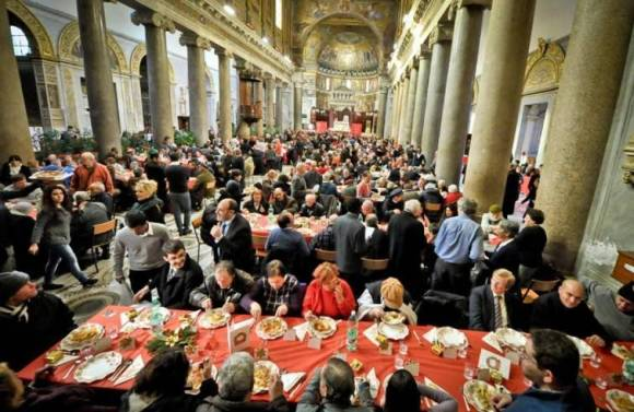 Sant-Egidio-a-Natale-tavola-imbandita-per-200mila-poveri_articleimage