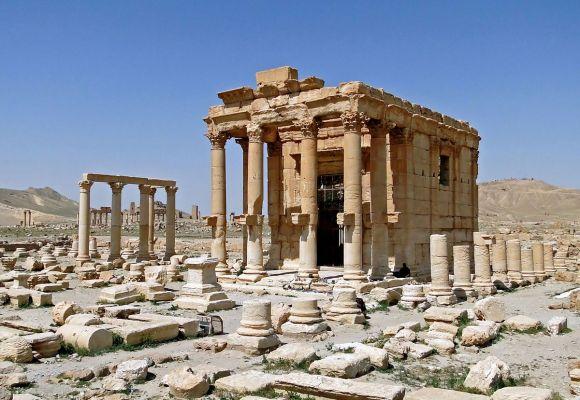 1200px-Temple_of_Baal-Shamin,_Palmyra.jpg