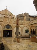 800px-Church_of_the_Nativity_(Bethlehem)16